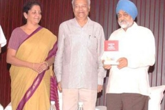 L-R: Nirmala Sitharaman, Pradeep S Mehta and Montek Singh Ahluwalia on the occasion of Panel Discussion and Book Release